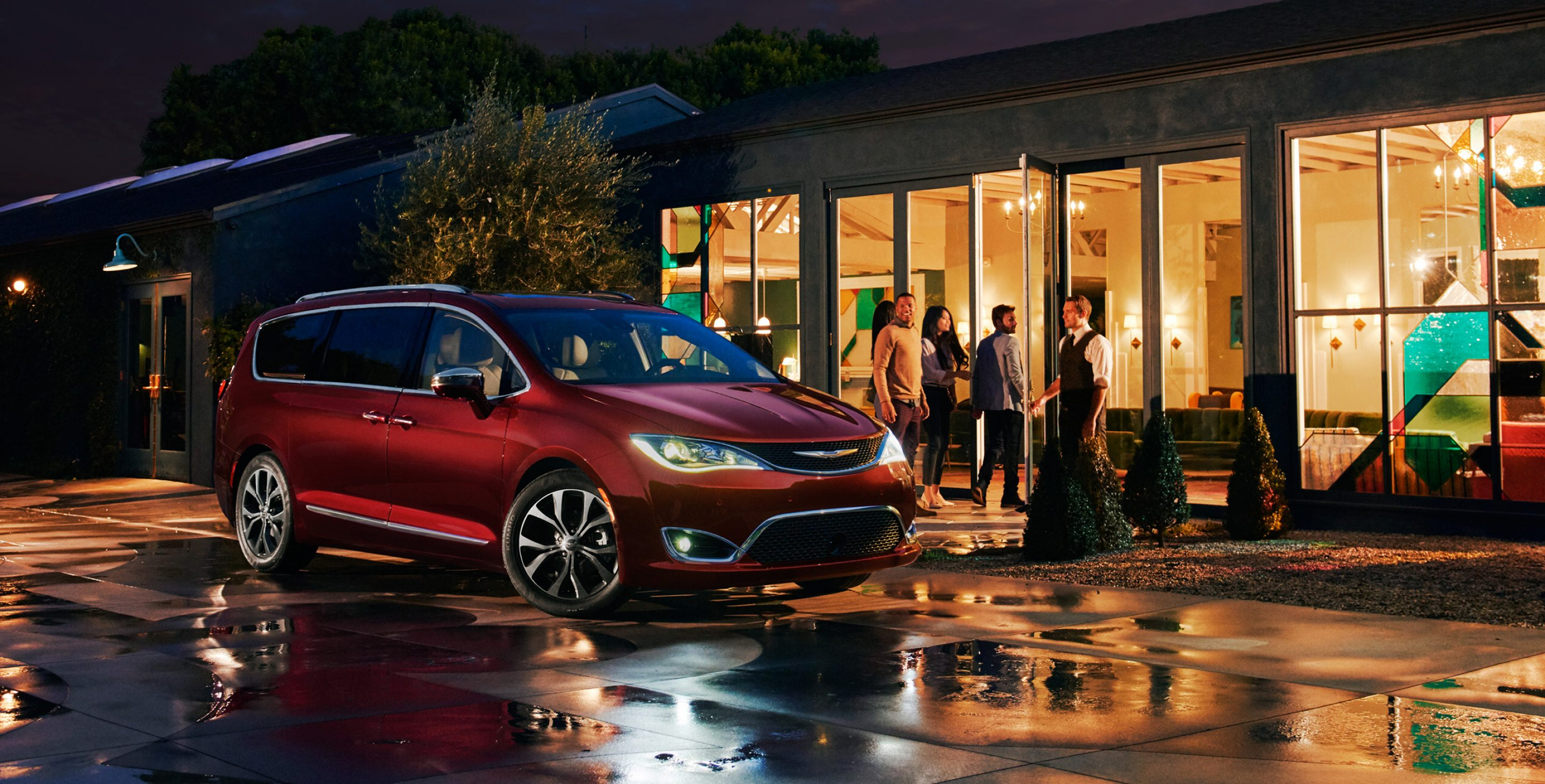 2017-chrysler-pacifica-gallery-exterior-6.jpg.image_.2880